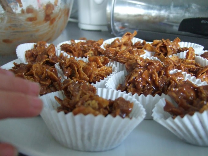 Cooking Masterclass 3:  Cornflake Cakes