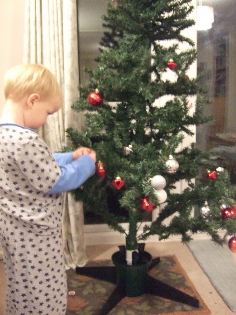 decorating-tree