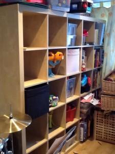 furniture decluttering